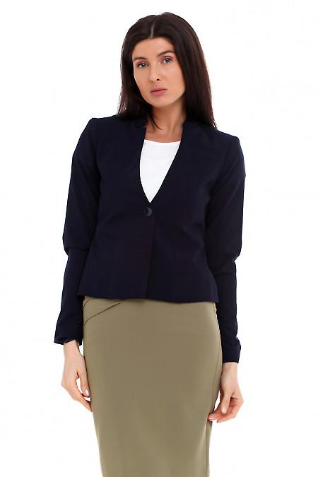 Жакет синий с карманом на груди. Деловая женская одежда
