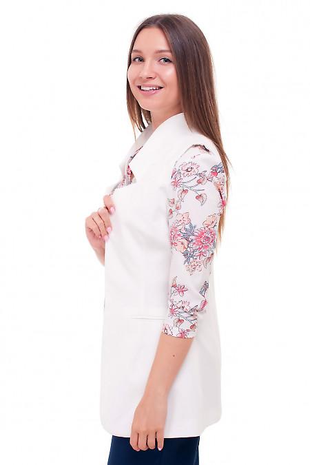 Купить жилет белый без застежки. Деловая женская одежда фото