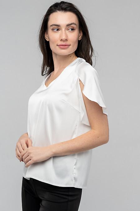 Нежная блузка белого цвета