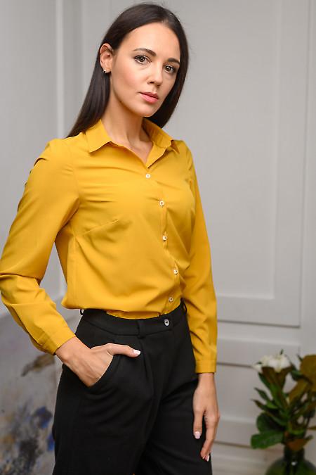 Женская блузка горчичного цвета