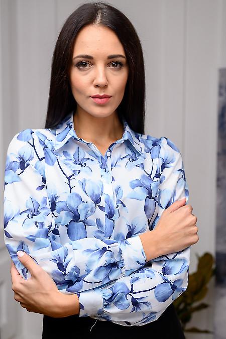 Блузка в цветы с бантовой складкой. Деловая одежда фото