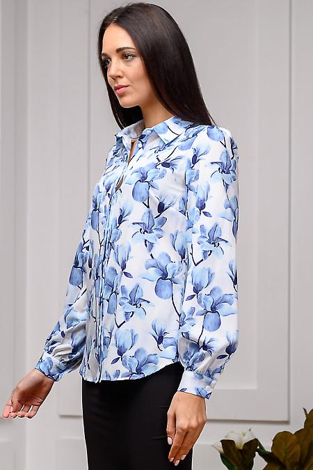 Женская блузка в цветочный принт