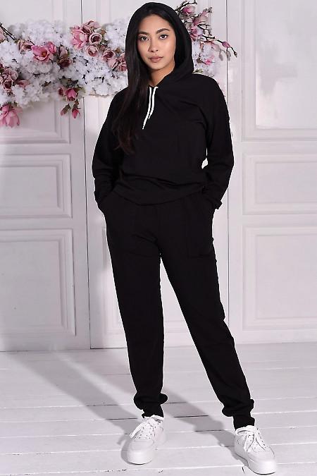 Черный спортивный костюм с худи. Деловая женская одежда