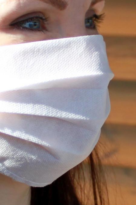Защитная одноразовая маска из медицинского спанбонда