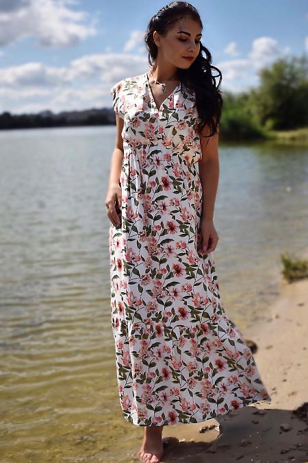 Купить платье белое в цветок с широким воланом. Деловая женская одежда фото