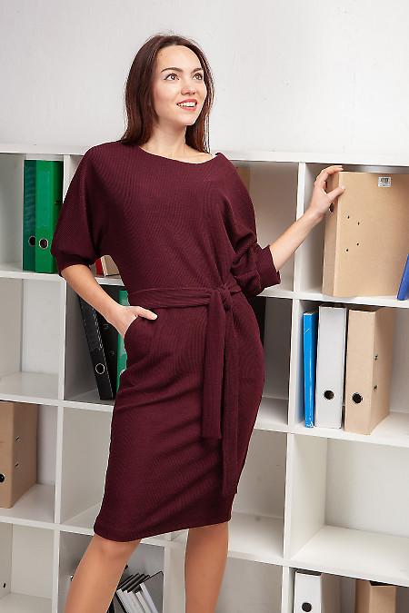 Бордовое трикотажное платье фото