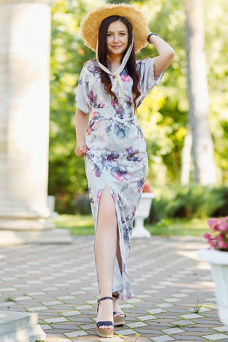 Платье серое в пол с разрезом. Деловая женская одежда фото