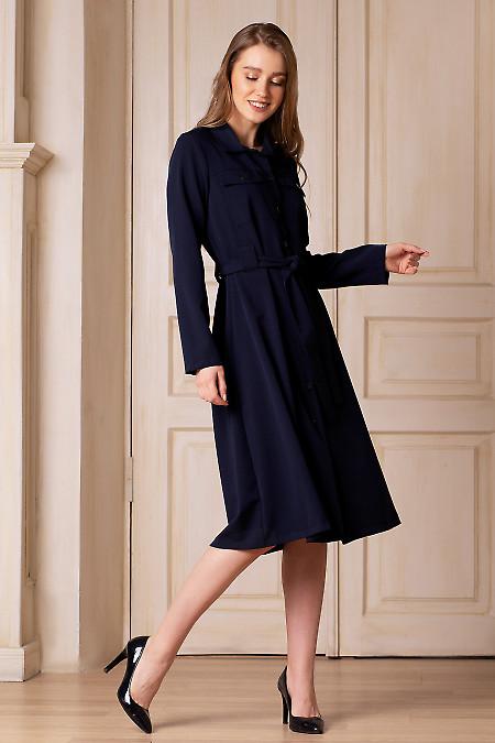 Платье синее с пуговицами. Деловая женская одежда фото
