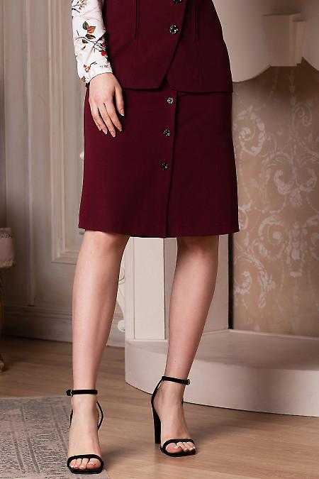 Купить юбку бордовую на пуговицах. Деловая женская одежда фото