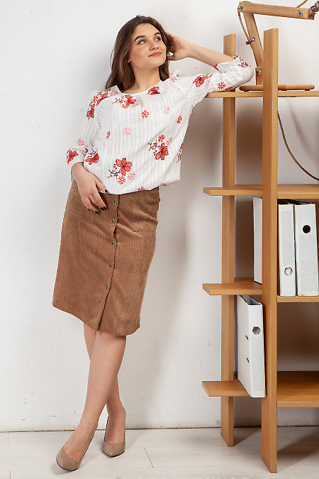 Купить юбку на пуговицах из вельвета. Деловая женская одежда фото
