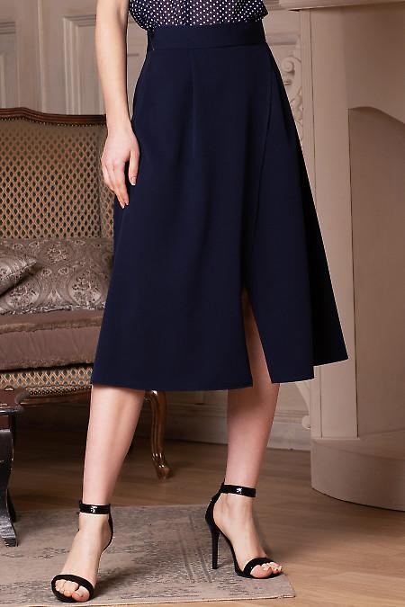 Юбка синяя на запах. Деловая женская одежда фото