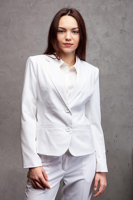 Жакет классический белый. Деловая женская одежда фото