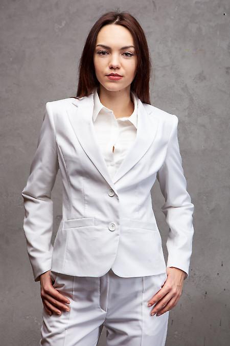 Купить жакет классический белый. Деловая женская одежда фото