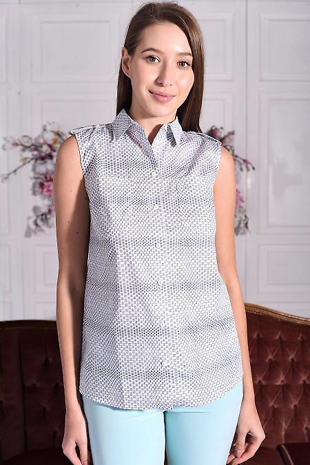 Блузка белая в синий узор с погончиками. Деловая женская одежда