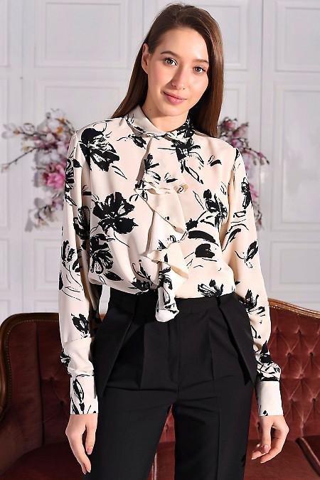 Блуза молочна в чорну квітку з жабо. Діловий жіночий одяг