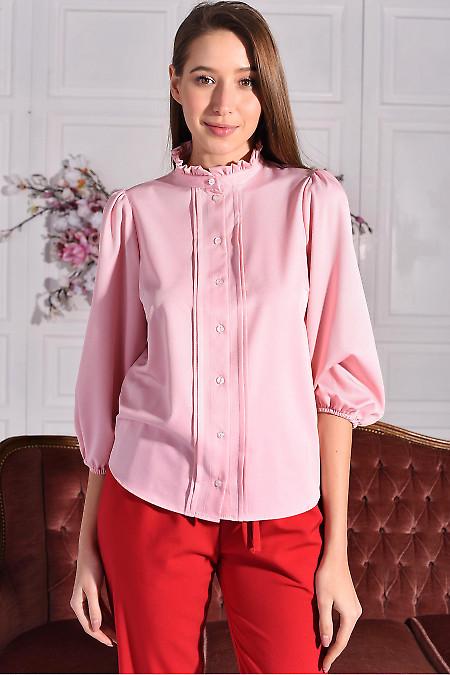 Блузка розовая с рюшем. Деловая женская одежда фото