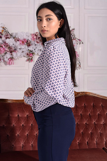 Літня блуза у візерунки