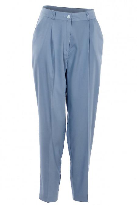 Брюки летние голубые с защипами. Деловая женская одежда