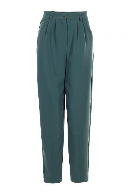 Брюки женские зеленые зауженные. Деловая женская одежда фото