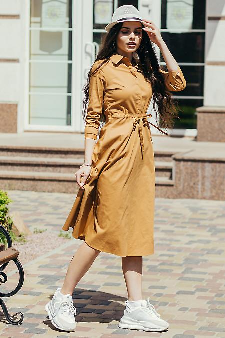 Бежевое платье из натурального хлопка. Деловая женская одежда фото
