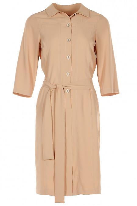Платье бежевое шелковистое. Деловая женская одежда