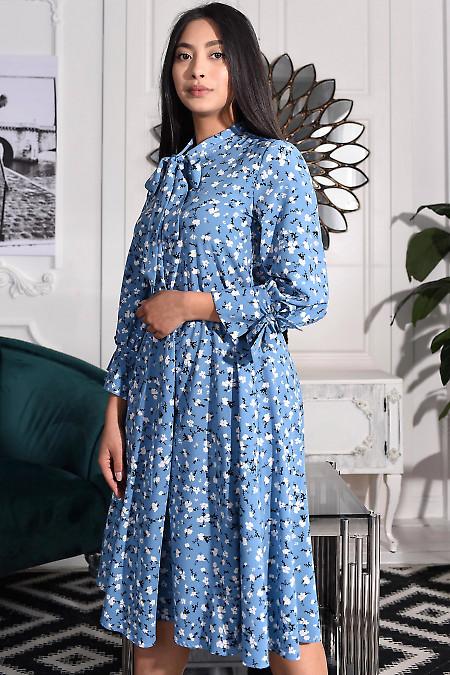 Блакитна сукня із софту фото