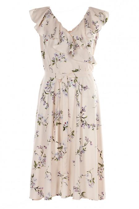 Платье розовое с воланом на горловине. Женская одежда фото