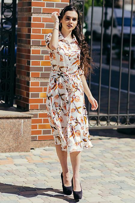 Легкое шелковое платье. Деловая женская одежда фото
