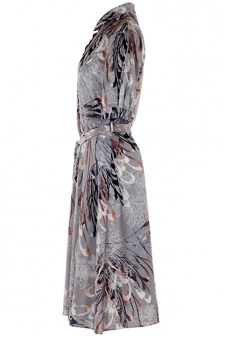 Деловое платье серого цвета