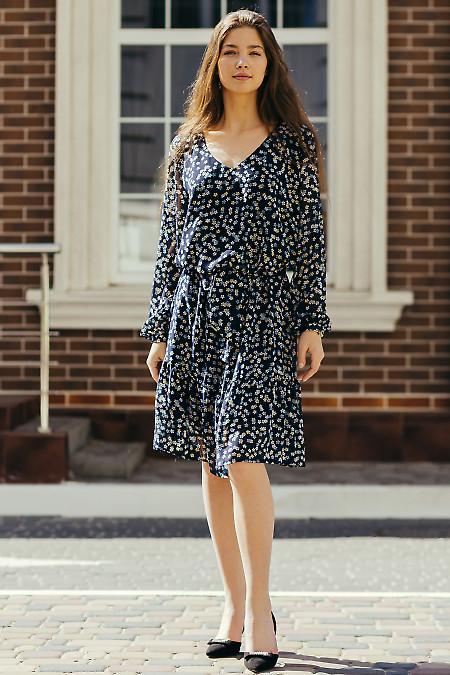 Шифоновое платье синего цвета. Деловая женская одежда фото