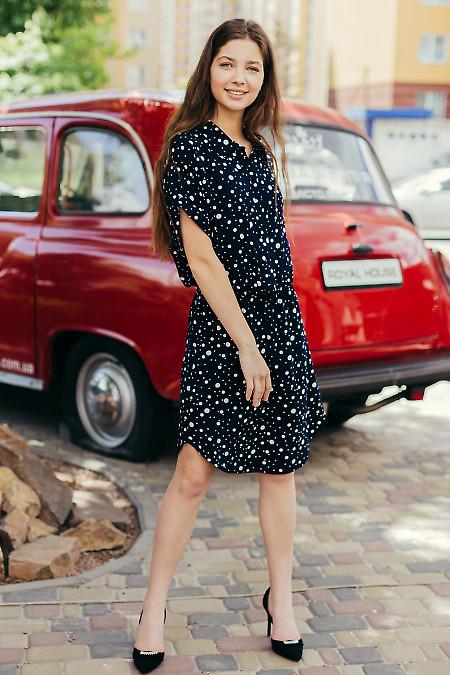 Летнее синее платье в горошек. Деловая женская одежда фото