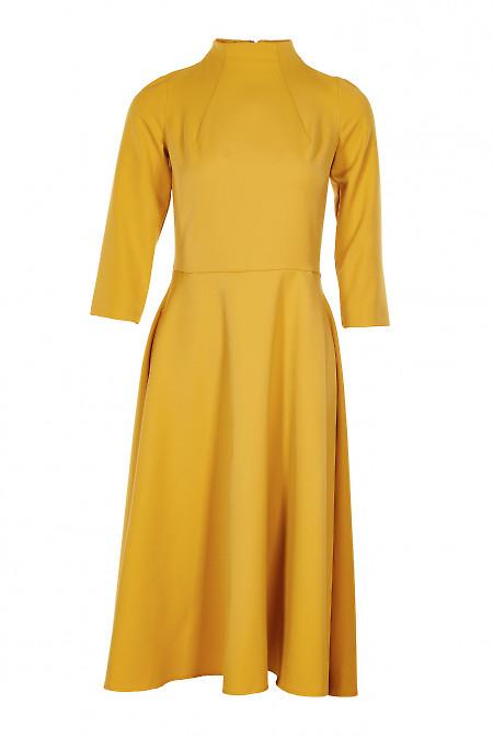 Плаття зі стійкою гірчичне. Діловий жіночий одяг