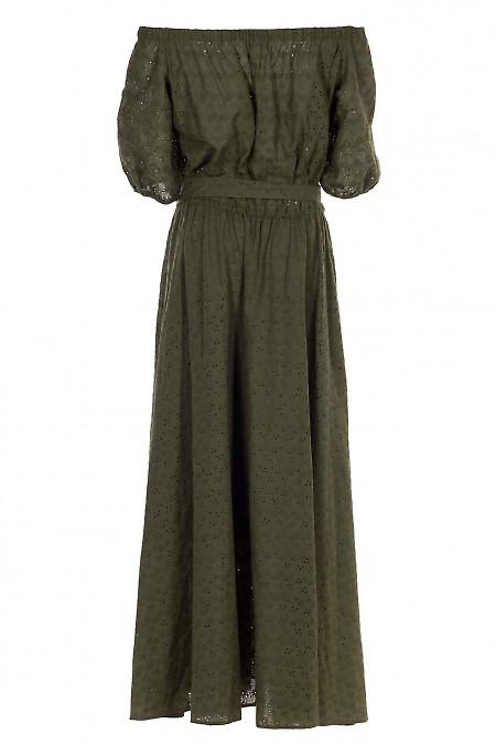 Платье зеленое с открытыми плечами с прошвы. Деловая женская одежда фото