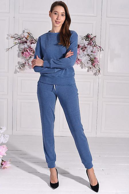 Трикотажный голубой костюм для дома. Деловая женская одежда фото