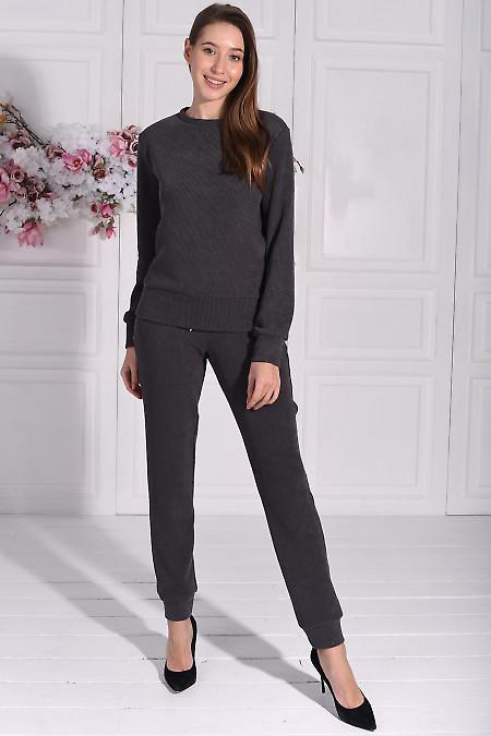 Трикотажный серый костюм для дома. Деловая женская одежда