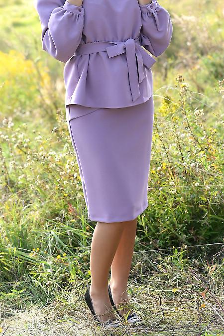 Купить розовую юбку с горизонтальными складками. Деловая женская одежда фото