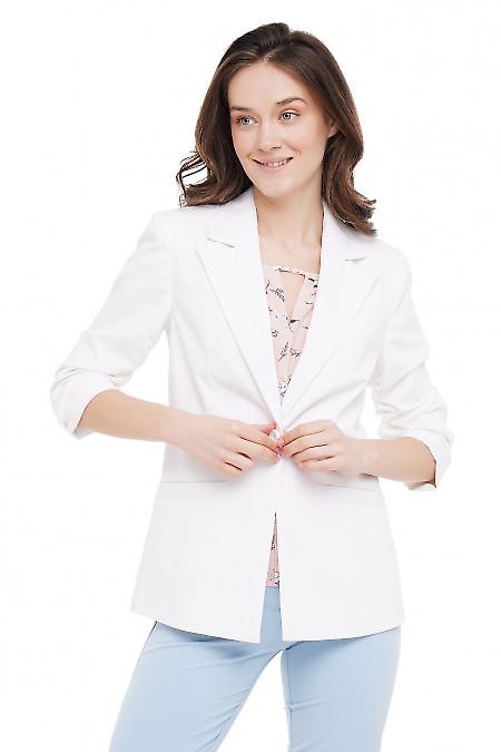 Жакет со сборкой на рукаве белый Деловая Женская Одежда фото