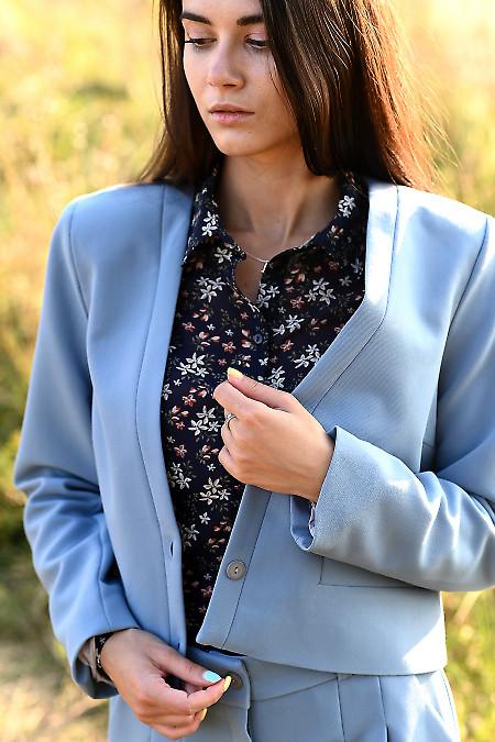 Купить короткий голубой утепленный жакет. Деловая женская одежда фото