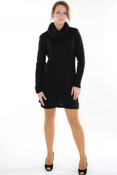 Платье вязаное черное  Деловая женская одежда