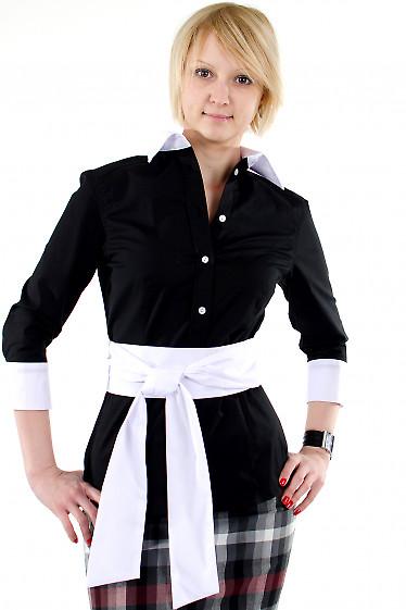 Фото Блузка черная с белым воротником Деловая женская одежда