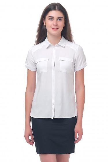 Блузка белая с карманчиками на груди Деловая женская одежда