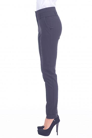 Купить черные брюки с клапанами на карманах Деловая женская одежда