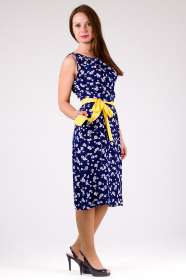 Фото Платье синее в ромашки Деловая женская одежда