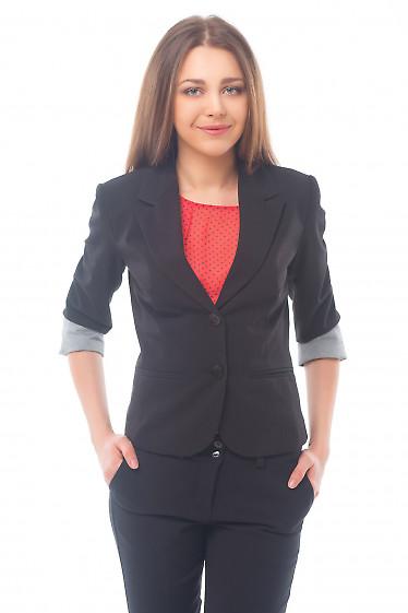Жакет черный с полосатой манжетой. Деловая женская одежда