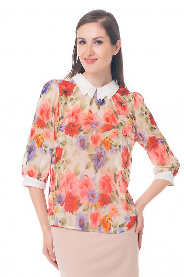 Блузка в крупные цветы Деловая женская одежда