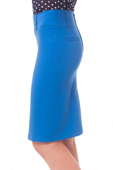 Голубая юбка со строчкой