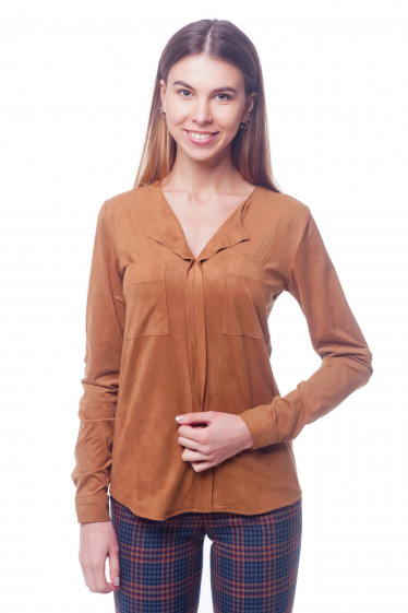 Блузка коричневая с карманами на груди. Деловая женская одежда