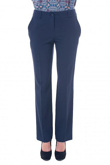 Брюки синие, прямые от бедра Деловая женская одежда фото