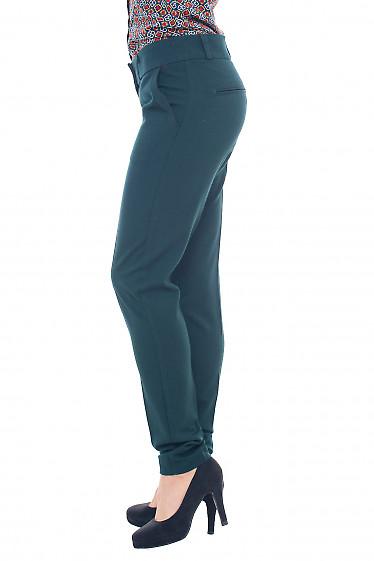 Купить брюки зелёные тёплые со вставкой на кармане Деловая женская одежда фото