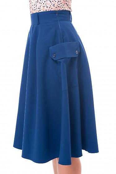 Юбка синяя с боковыми накладными карманами